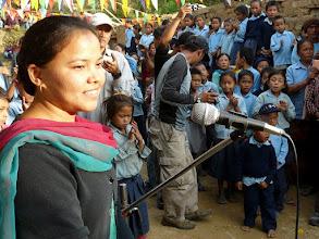 Photo: Empfang am Schulneubau in Jamuna Danda.
