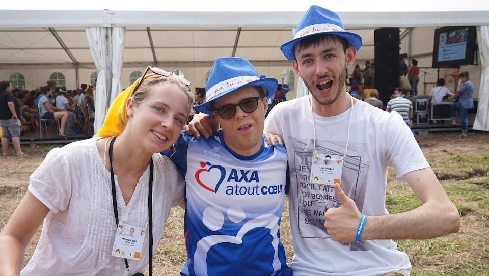 Mélanie, David et Louis aux JMJ Hors-Norme de L'Arche & Co.