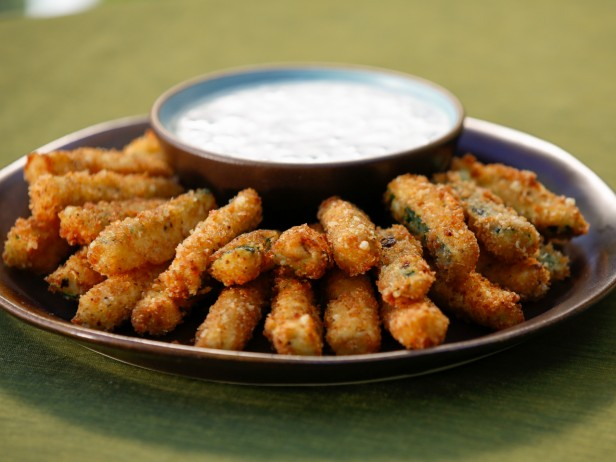 ranch oven fried pickles with skinny herb buttermilk ranch dip ...