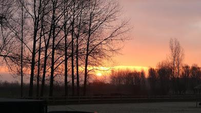 Photo: ♫  Ah ! Lève toi, soleil ... etc. ♫ (Surtout pour les panneaux solaires.) ...
