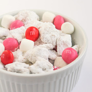 White Chocolate, Marshmallow and Strawberry Puppy Chow