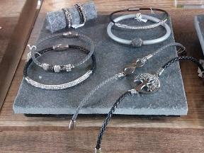 Κατάστημα fancery- Ρολόγια Κοσμήματα Επισκευές ρολογιών   Κοσμημάτων Είδη  Δώρων Λουράκια Μπαταρίες a9d9ed9862d