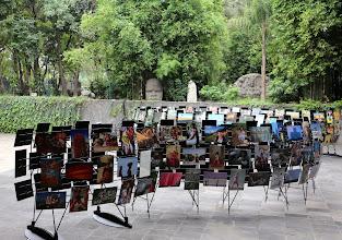 Photo: Huomaa pää myös museon puutarhassa :-)