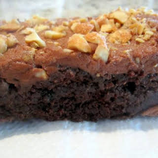 GLUTEN-FREE BROWNIES WITH CHOCOLATE PEANUT BUTTER FROSTING.