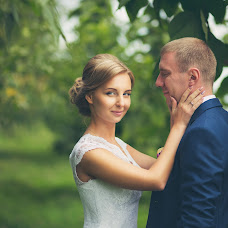 Wedding photographer Maksim Korolev (Hitman). Photo of 05.04.2017