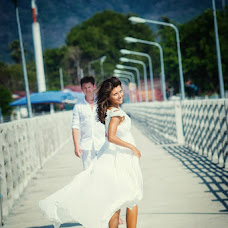 Wedding photographer Aleksandr Ufimcev (proFoto74). Photo of 02.02.2014