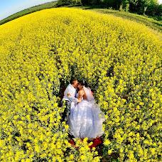 Wedding photographer Oleg Ilikh (ILIKH). Photo of 11.06.2013