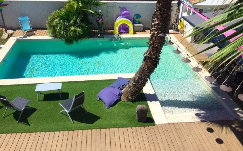 Organisez un anniversaire les pieds dans l'eau dans l'une des piscines privées de nos propriétaire à Montpellier