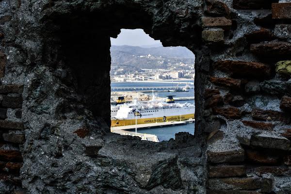 Forte S.Giacomo (Vado Ligure)  di davide_roncarolo