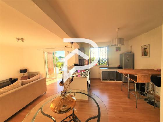 Location appartement meublé 3 pièces 72,82 m2