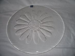Photo: Datrington daisy platter