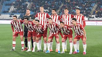 La plantilla rojiblanca cuenta con 21 futbolistas.