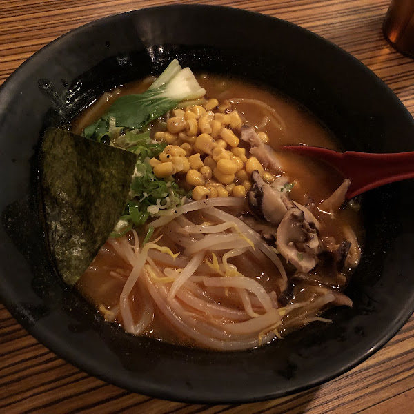 Great local option for gluten free ramon! GF noodles with Veggie Ramon is GF. Menu is not big overall, but I brought my own GF soy sauce and it was tasty!  :)