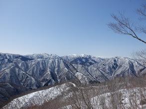 右から高倉山・能郷白山・平家岳など