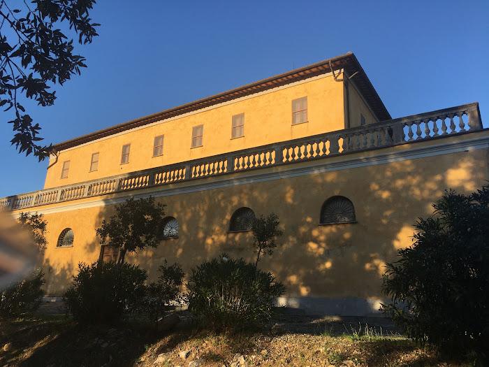 Villa Granducale, lato ovest con una delle terrazze, Alberese