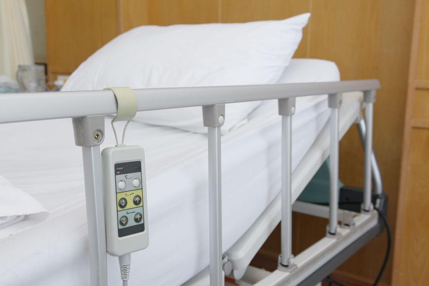 Union dreig om personeel te verwyder nadat verpleegster deur die pasiënt in die Gautengse hospitaal aangeval is - TimesLIVE