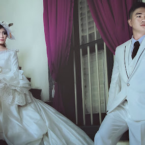 confusion couple by Diaz Fachry - Wedding Getting Ready ( prewedding, bide, wedding, groom )