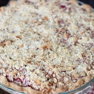 Classic Strawberry Rhubarb Pie Recipe