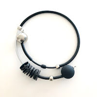 Halsband, MEMH002