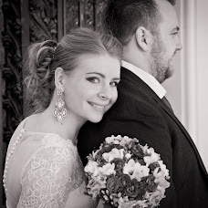 Wedding photographer Nataliya Moiseeva (airinnat). Photo of 14.06.2016