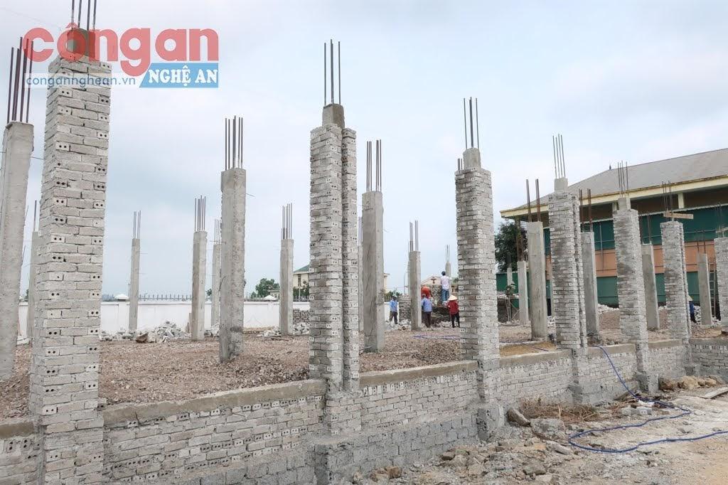 Dự án Trường Mầm non cụm 1 xã Quỳnh Thạch, tổng mức đầu tư                          hơn 6 tỉ đồng đang triển khai