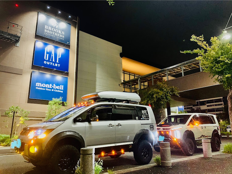 デリカD:5 CV5Wの横浜ベイサイドマリーナ,カスタムデリカ,プチナイト,マーカー映え,RHデリカに関するカスタム&メンテナンスの投稿画像3枚目