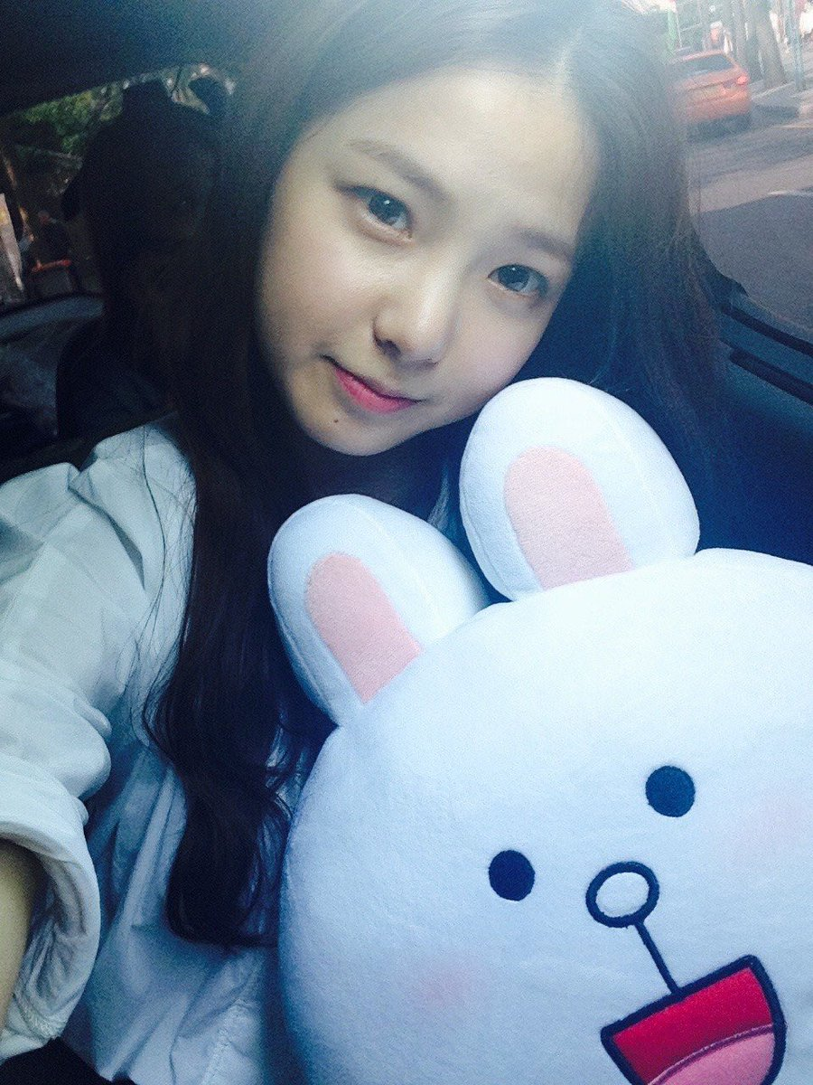 clc yujin small face 2