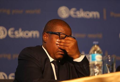 Brian Molefe betaal R100,000 - met R608,000 om te gaan - soos Solidariteit die balju noem - SowetanLIVE Sunday World