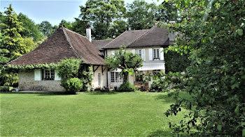 propriété à Mont-sous-Vaudrey (39)