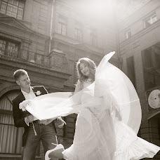 Wedding photographer Anya Bozina (Bozya). Photo of 31.03.2017