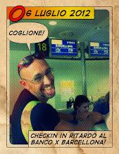 Photo: Chiacchierando mi hanno chiuso i banchi del check-in per Bilbao! Per fortuna riesco a convincere le assistenti del banco di Barcellona... fortunato coglione!