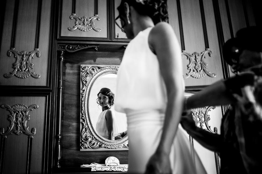 Wedding photographer Leonardo Scarriglia (leonardoscarrig). Photo of 16.11.2017