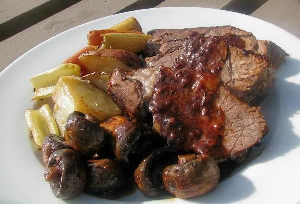 Pot Roast From Quebec Recipe