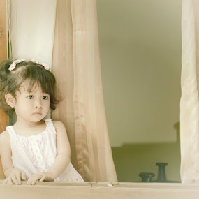 by Dito Penceng - Babies & Children Child Portraits