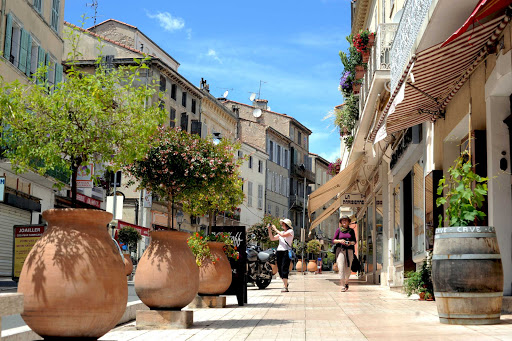 France-Vallauris.jpg - Vallauris, once the home of Pablo Picasso, is an artists' haven.