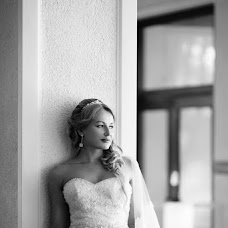 Wedding photographer Tatyana Suyarova (TatyanaSuyarova). Photo of 18.12.2014