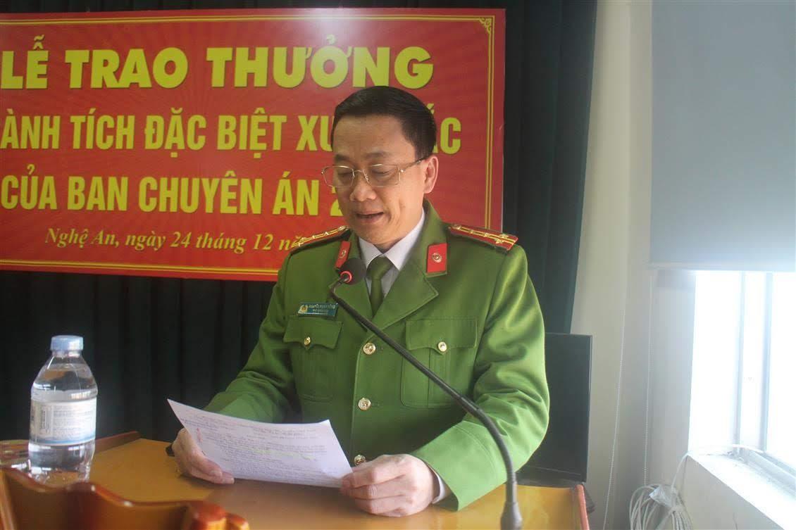 Đồng chí Đại tá Nguyễn Mạnh Hùng – Phó giám đốc, Thủ trưởng Cơ quan CSĐT Công an tỉnh phát biểu chỉ đạo tại buổi lễ