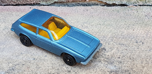 Lamley Single File: Corgi Juniors Ogle/Reliant Scimitar GTE