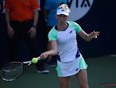 Elise Mertens veert recht met rug tegen de muur en plaatst zich voor kwartfinales in Luxemburg