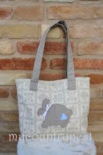 Photo: borsa con coniglio