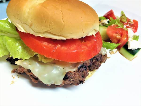 Grilled Cheddar Burgers Recipe
