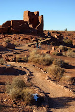 Photo: People at Wokoki Ruin, Wupatki National Monument, Arizona