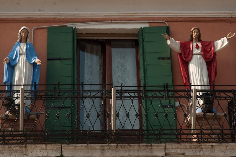 Sul balcone...... di Gian Piero Bacchetta