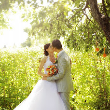 Wedding photographer Pavel Morozov (pavlinff). Photo of 16.02.2013