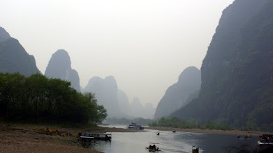 Photo: On the way down to Yangshuo