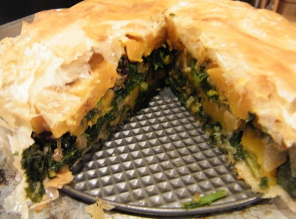 Cool pie in pan on a rack 5 minutes. Remove side of pan and...