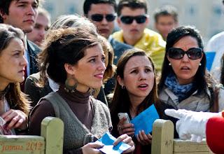 Photo: Einlasskontrolle beim Vatikan. Beim Einlass in die Vatikanischen Museen ist mit sehr langen Warteschlangen zu rechnen.