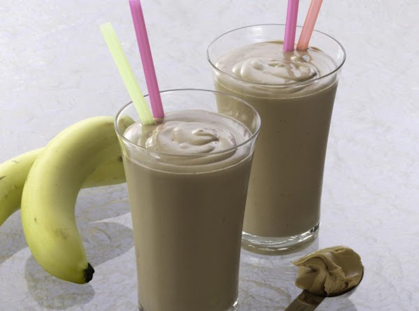 Choc. Banana Peanut Butter Smoothie Recipe
