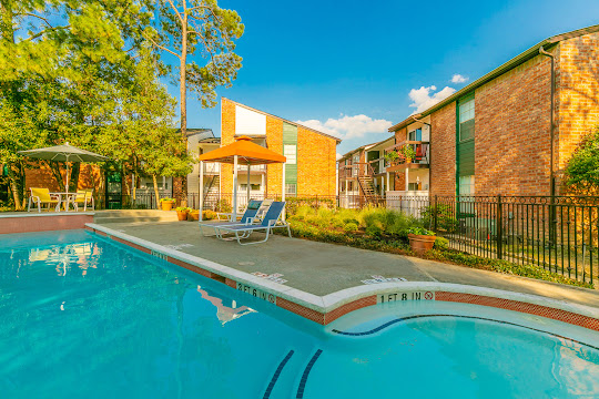 Parque View Apartments in Houston, Texas | Pet-Friendly Living