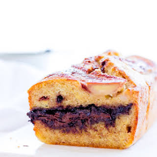 Banana Bread with Chocolate Filling.